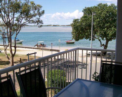 Queensland-Golden-Beach-Riviere-Balcony (5)