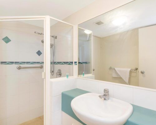 Queensland-Golden-Beach-Riviere-Room-3-BR-Apartment (11)