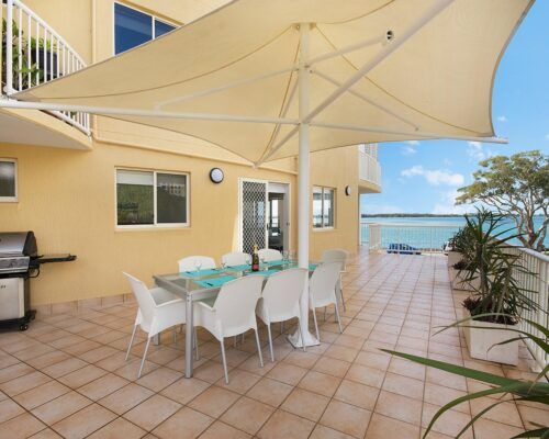 Queensland-Golden-Beach-Riviere-Room-3-BR-Apartment (5)