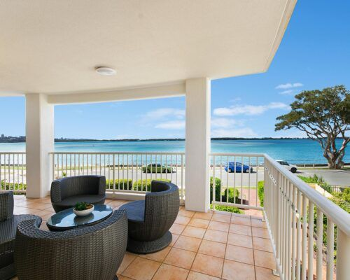 Queensland-Golden-Beach-Riviere-Room-3-BR-Apartment (6)