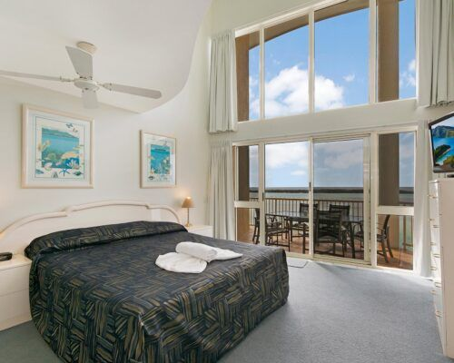 Queensland-Golden-Beach-Riviere-Room-4-BR-Penthouse (3)