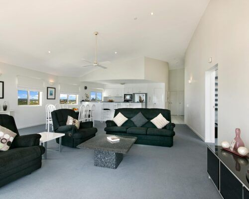 Queensland-Golden-Beach-Riviere-Room-4-BR-Penthouse (5)